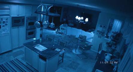 Újabb parajelenségek (Teljes film, 2010)