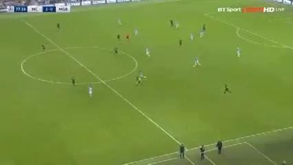 Manchester City 4-0 Borussia M'gladbach - Golo de S. Agüero (77min)