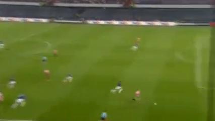 Feyenoord 1-0 Manchester United - Golo de T. Vilhena (79min)
