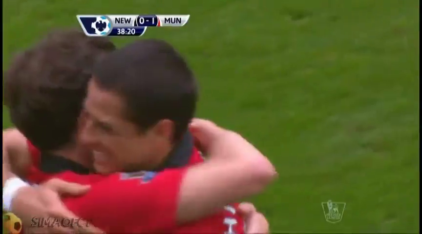 Newcastle 0-4 Man Utd - Gól de Mata (39min)