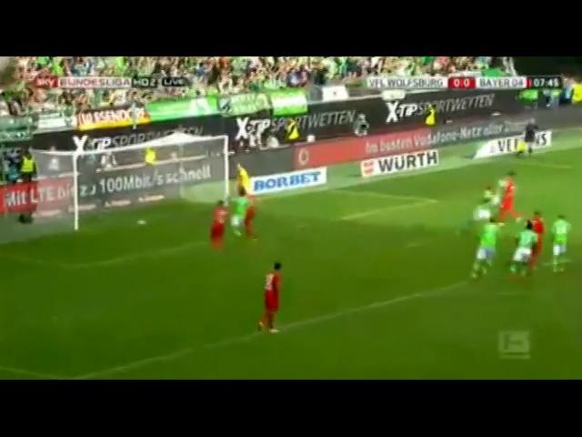 Wolfsburg 4-1 Bayer Leverkusen - Golo de R. Rodriguez (8min)