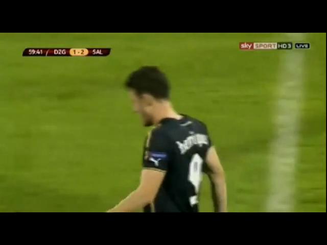 Dinamo Zagreb 1-5 Salzburg - Golo de K. Kampl (59min)