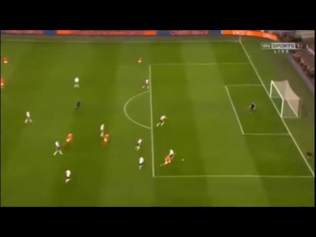 Netherlands 6-0 Latvia - Golo de R. van Persie (6min)