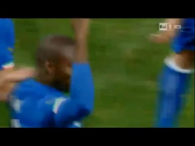 Italy 1-0 Albania - Golo de S. Okaka (82min)