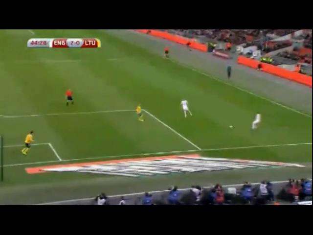 England 4-0 Lithuania - Golo de D. Welbeck (45min)