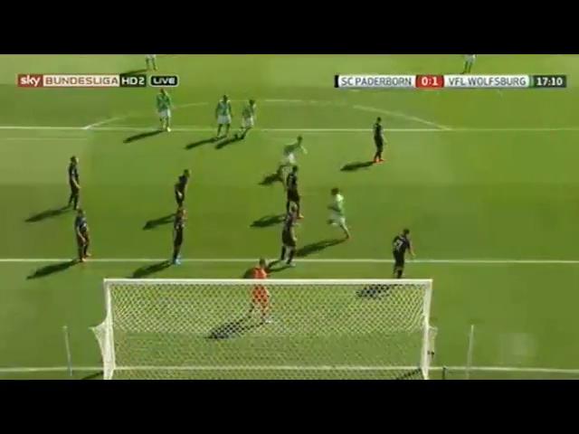 Paderborn 1-3 Wolfsburg - Golo de T. Klose (16min)