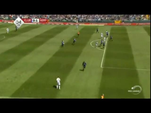 Club Brugge 2-3 Gent - Golo de L. Nielsen (5min)