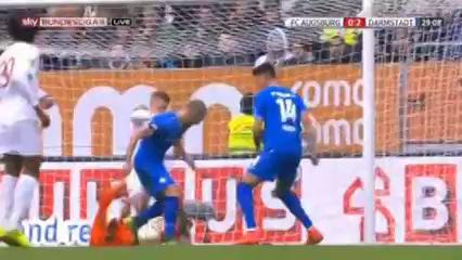 Augsburg 0-2 Darmstadt 98 - Golo de P. Niemeyer (29min)