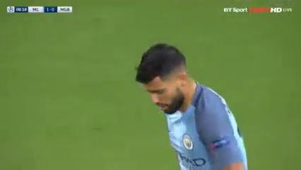 Manchester City 4-0 Borussia M'gladbach - Golo de S. Agüero (8min)