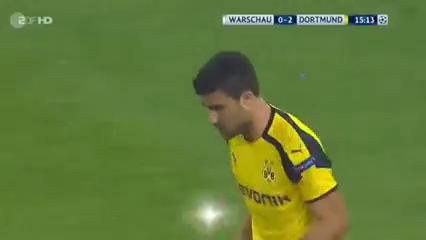 Legia Warszawa 0-6 Borussia Dortmund - Golo de S. Papastathopoulos (15min)