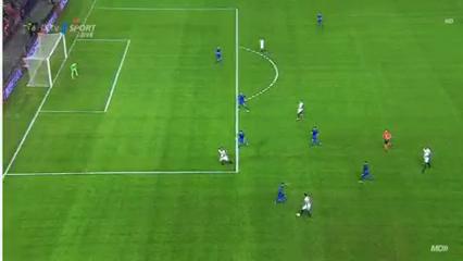 Sevilla 4-0 Dinamo Zagreb - Golo de L. Vietto (31min)
