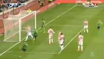 Stoke City 1-2 Southampton - Golo de G. Pellè (11min)