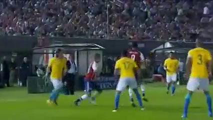 Paraguay 2-2 Brazil - Golo de E. Benítez (49min)