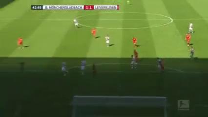 Borussia M'gladbach 2-1 Bayer Leverkusen - Golo de A. Hahn (43min)