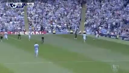 Man City vs Arsenal - Gól de S. Agüero (8min)