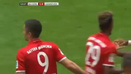 Bayern München 3-1 Hannover 96 - Golo de R. Lewandowski (12min)
