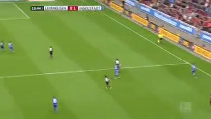 Bayer Leverkusen 3-2 Ingolstadt - Golo de M. Leckie (16min)
