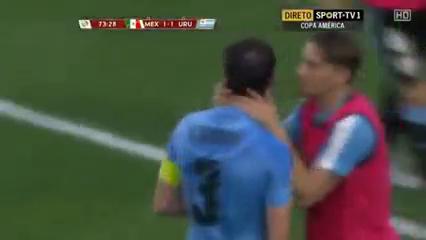 Mexico 3-1 Uruguay - Golo de D. Godín (74min)