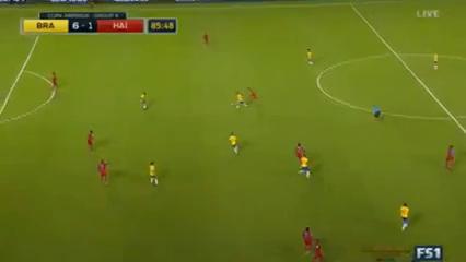 Brazil 7-1 Haiti - Golo de Renato Augusto (86min)