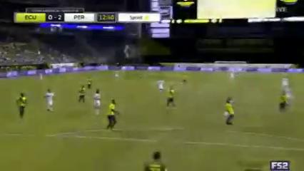 Ecuador 2-2 Peru - Golo de É. Flores (13min)