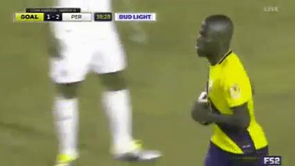 Ecuador 2-2 Peru - Golo de E. Valencia (39min)