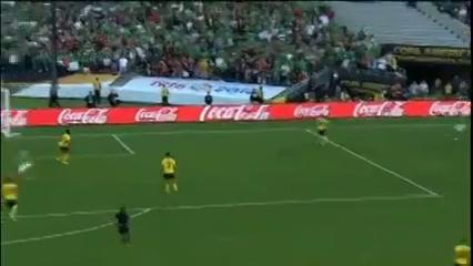 Mexico 2-0 Jamaica - Golo de J. Hernández (18min)