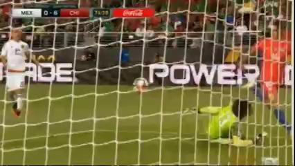 Mexico 0-7 Chile - Golo de E. Vargas (74min)