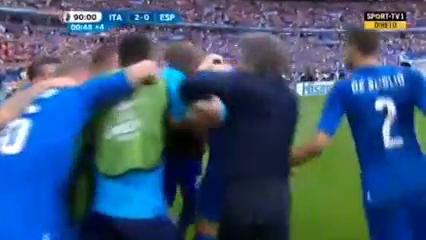 Italy 2-0 Spain - Golo de G. Pellè (90+1min)