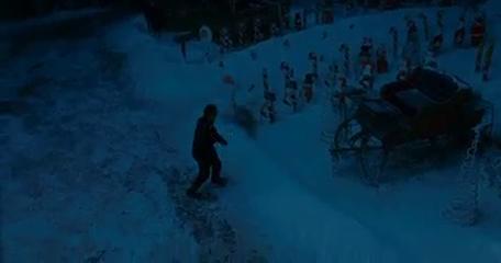 Kiskarácsony mindenáron (Deck the Halls), amerikai családi vígjáték, 107 perc