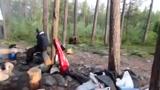 Elijesztik a medv�t az orosz turist�k