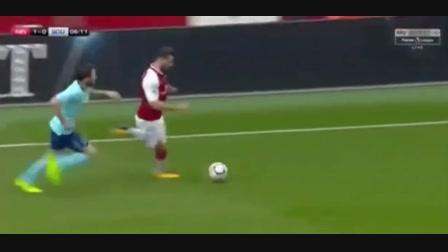 Arsenal 3-0 AFC Bournemouth - Golo de D. Welbeck (6min)