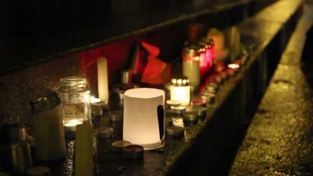 Könnyes szemmel imádkoztak a tüntetőkért